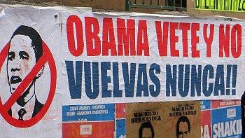 En Santiago, se realizaron diversas protestas contra Obama
